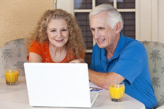 old retired couple make money
