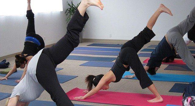 yoga affiliate niche research