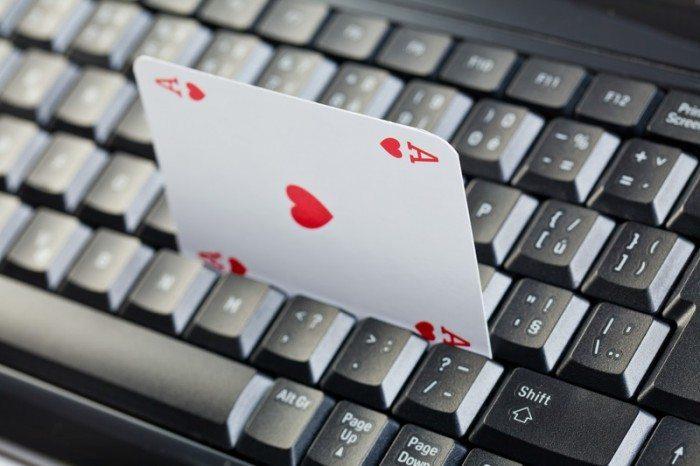 makem oney online poker