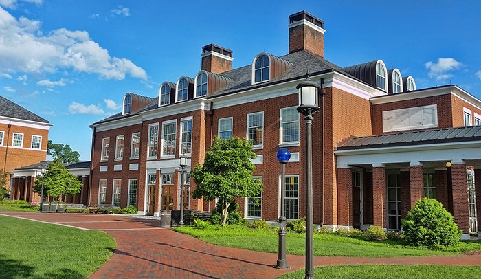 Photo of a university building as an example of getting paid to write academic papers