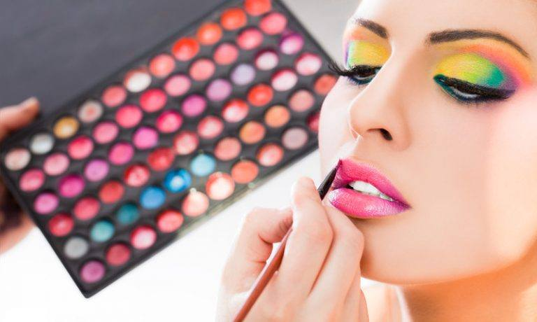 8 Interesting Cosmetics Network Marketing Companies For Anyone Who Loves Makeup