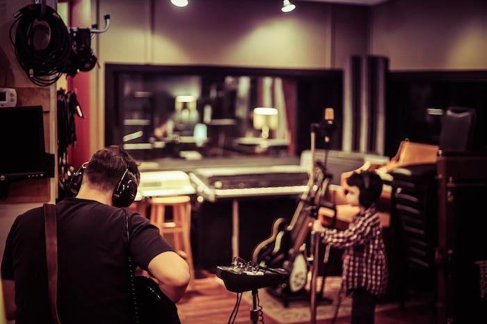 Musician Salary and Career Options: Good Jobs That Don't Require a Degree