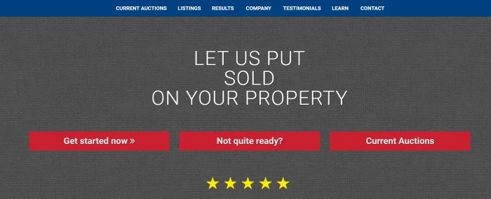 This screenshot of the home page for Wilson Auction Company has a blue navigation bar with white text above a gray burlap main section behind white text, three red call to action buttons, and five gold stars.